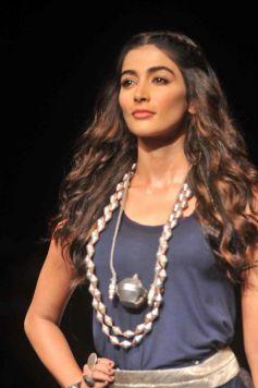 Pooja Hegde Walks For Jade At Lakme Fashion Week 2016