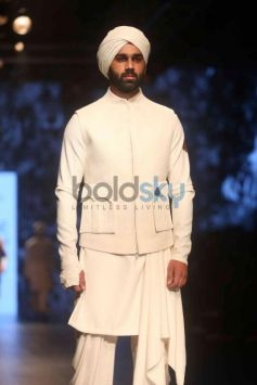Shantanu And Nikhil Show At Lakme Fashion Week Winter Festive 2016