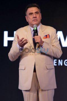 Sushmita Sen Launches Huawei P9