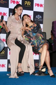 Check Out Big B's Purple Look At The Screening Of Pink