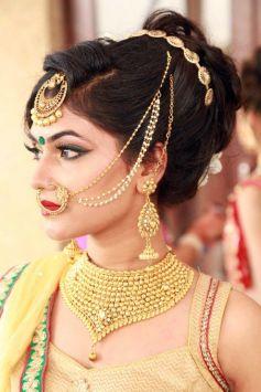 Neha Dhupia Attended At Diva Salon Awards