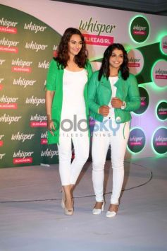 Sonakshi At The Announcement Of Whisper Like A Girl & Proud Challenge