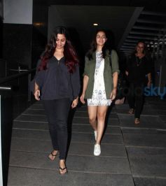 Alia Bhatt Pulls Off A Cute Casual Look With Her Mom