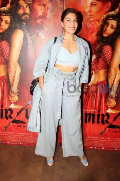 Jacqueline Rocking Denims At the Screening Of Mirzya