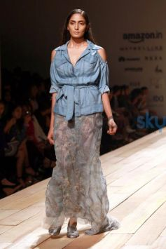 Pallavi Mohans's Not So Serious At AIFW Spring Summer 2017
