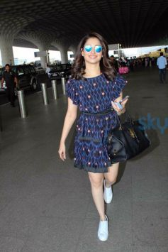 Airport Lookbook: Catch Tamannaah Flaunting Prints & Sneakers