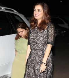 Dia Mirza Inaugurates Dr Batra's Photo Exhibition