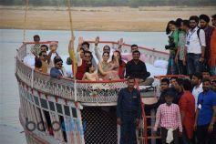Kangana Ranaut Launch 20-Feet Poster OF Manikarnika The Queen Of Jhansi