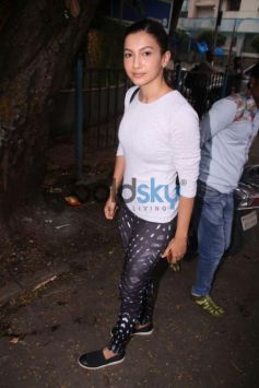 Gauhar Khan Spotted At Sequel Cafe Bandra