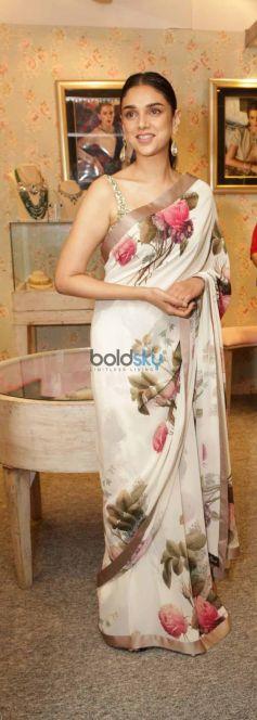 Aditi Rao Hydari in Sabyasachi at Vogue Wedding Show