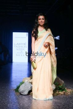 Celebs At Lakme Week Day 2