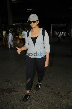 Celebs Spotted At Airport
