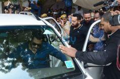 Salman Khan at Jodhpur Court Bail Bond
