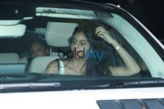 Suhana Khan Spotted At Juhu PVR