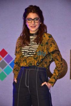 Anushka Sharma Launch New Collection Of Polaris