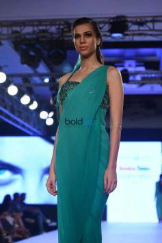Komal Sood Presents At The Bombay Fashion Week 2017