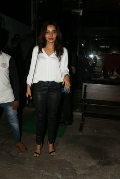 Neha Sharma With Bejoy Nambiar Spotted At Silver Beach Cafe In Mumbai