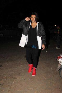 Ranveer Singh Spotted At Bandra Otters Club