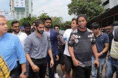 Ronaldinho At Siddhivinayak Temple