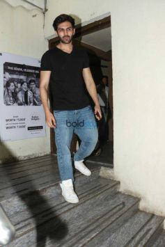 Varun Dhawan And Kartik Aaryan Spotted At Juhu PVR