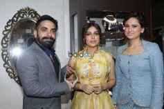 Bhumi Pednekar Inaugurate Exhibition Glitter 2017