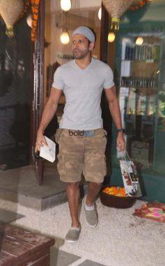 Farhan Akhtar Spotted At B Blunt