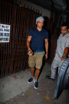 Farhan Akhtar Spotted At Bandra