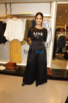 Ileana D'Cruz At A Store Launch , In New Delhi