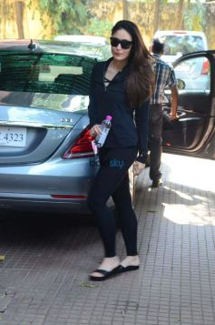 Kareena Kapoor Spotted at Gym