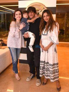 Nita Ambani At Gauri Khan Store With Shahrukh Khan And Abram
