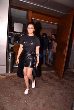 Parineeti Chopra Spotted At Bandra