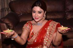 Payal Ghosh Diwali Shoot