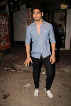 Rishi Kapoor,Iulia Vantur And Ahan Shetty Snapped In Bandra