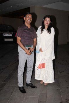 Ritesh Deshmukh Spotted At Vashu Bhagnani's House