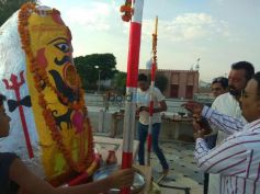 Sanjay Dutt Visits A Temple In Bikaner Rajasthan