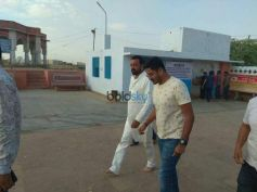 Sanjay Dutt Visits A Temple In Bikaner Rajasthan