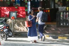 Sara Ali Khan And Konkona Sen Sharma Spotted at Bandra