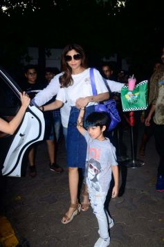 Shilpa Shetty With Family Spotted At Outside Of Hotel