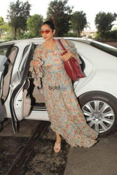 Sridevi Spotted At Airport