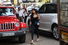 Suhana Khan Spotted At Skin Clinic Bandra