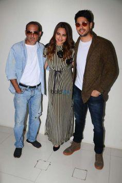 Sidharth Malhotra, Sonakshi Sinha And Akshaye Khanna Promote Ittefaq in Mumbai