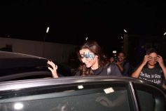 Alia Bhatt Spotted At Juhu PVR