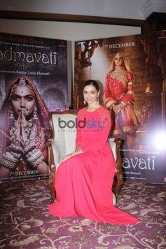Deepika Padukone Promotes Padmavati At Taj Land End Mumbai