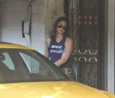 Ileana D'cruz Spotted At Bandra