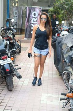 Malaika Arora Spotted At Bandra