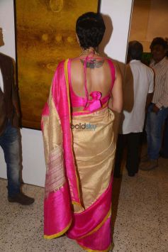 Mandira Bedi At An Art Exhibition