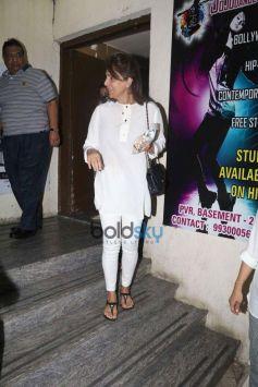 Neetu Kapoor Spotted At PVR Juhu