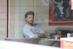 Riteish Deshmukh Spotted At CCD