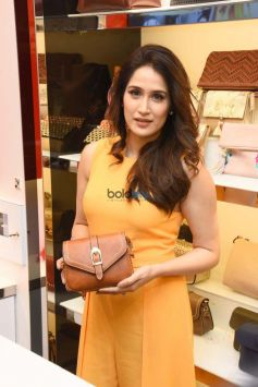 Sagarika Ghatge Inaugurate 'Inc. 5' Store