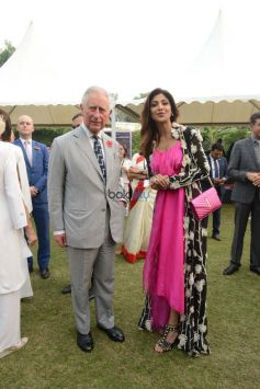 Shilpa Shetty In Anamika Khanna Outfit At Meeting With HRH The Prince Of Wales